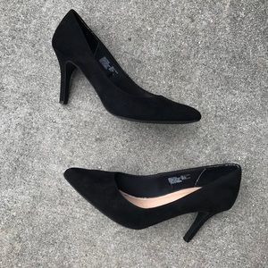 "9 Time and Tru Blk Suede 4"" stiletto"